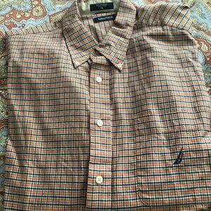 Men's XL Nautica button up long sleeve shirt